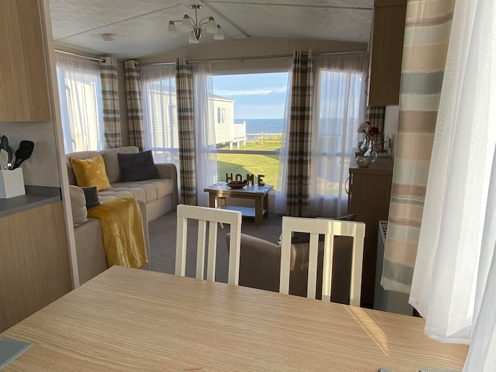 Brand New Sea View Platinum Grade 8 Berth Caravan