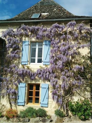 Les Trucs - Vabre-Tizac - House