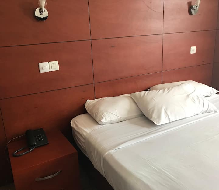 Superbes chambres à l'Hôtel LEWAT