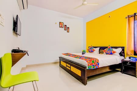 EXCELLENT ONE BHK CLOSE TO AIRPORT