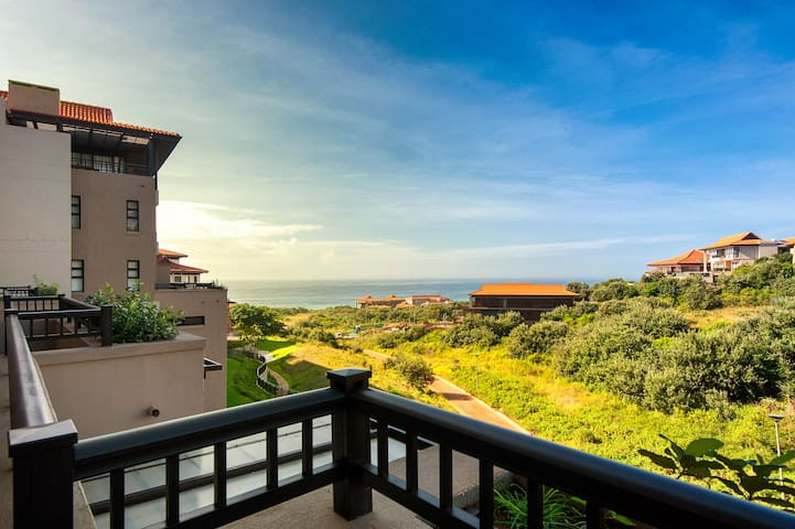 Zimbali Resort - Luxury Ocean View Suite (84sqm) - Dolphin Coast - Betjent leilighet