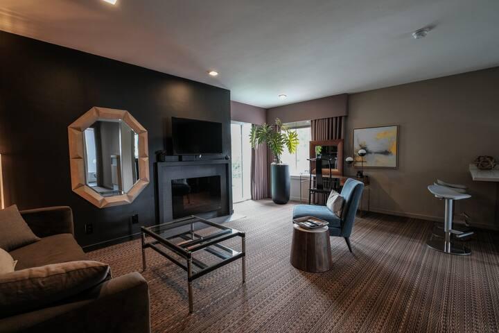 Designer Mid-Peninsula Apartment - Sant Mateu - Pis