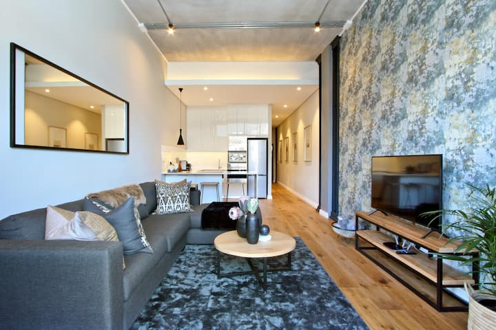 Cape Town Docklands Luxury One Bedroom Apartments