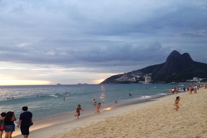 TOP APARTMENT -Best and safest location of Ipanema