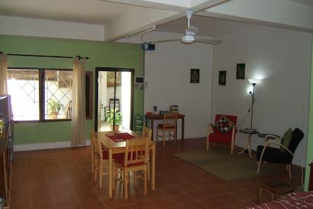 Greenhouse Studio Luang Prabang.