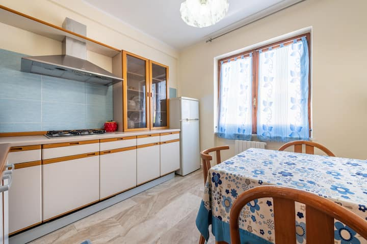 Holiday Apartment Close to the Beach with Air Conditioning & Balcony