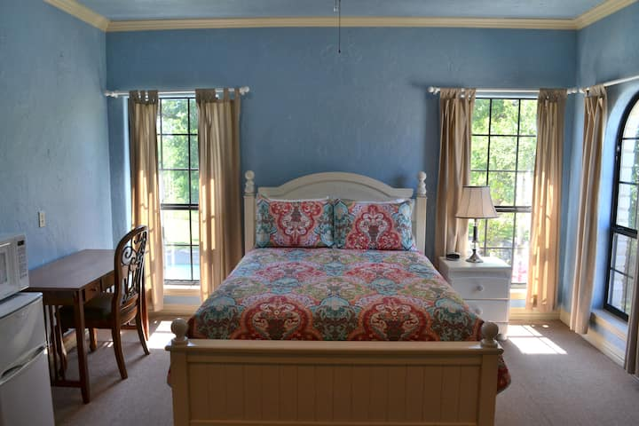 The Blue Room at Oak Creek RV Resort