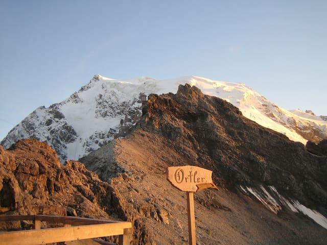 b&b - Winter in the South Tyrol Alps
