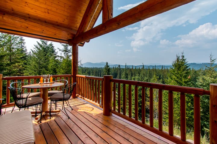 Panoramic Tree Top View Log Cabin - Cle Elum - Houten huisje