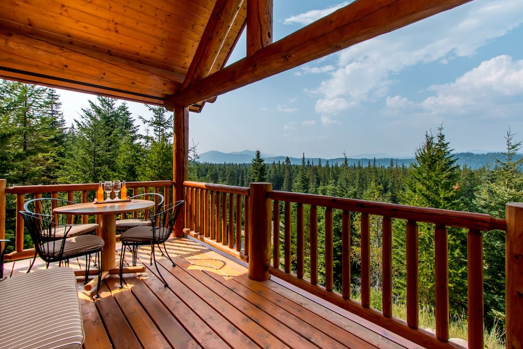 Panoramic tree top view log cabin cabins for rent in cle for Cle elum lake cabins