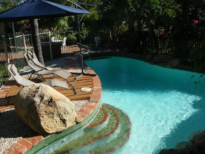CLOSE TO PERTH CITY, SWAN VALLEY+WIFI+PARKING+POOL
