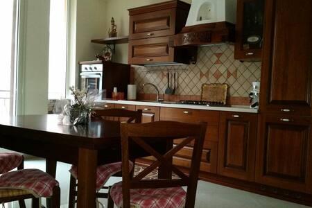 Casa Casteldaccia 1