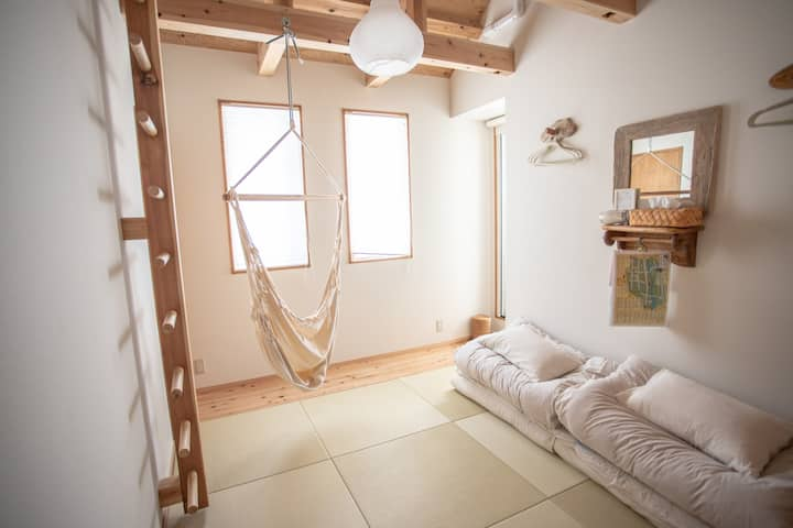 D.I.Y GUEST HOUSE ☆  Private room for 2〜4 person