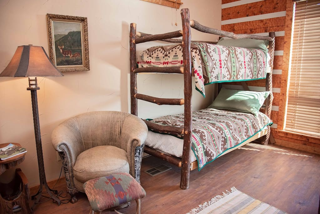 The Ranch at Pine Mountain:  The Lodge, Texas SuiteBunk Beds