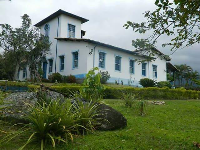 Fazenda Casa Nova - Queluz - Blockhütte