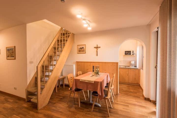 """Spacious Apartment """"Ferienwohnung 11"""" near Seiser Alm with Mountain View, Wi-Fi, Balcony, Terrace, Jacuzzi, Garden & Sauna; Parking Available, Pets Allowed"""