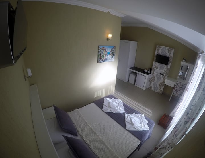 MİMOZA BUTİK HOTEL