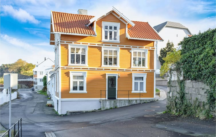 Holiday apartment with 1 bedroom on 50m² in Farsund