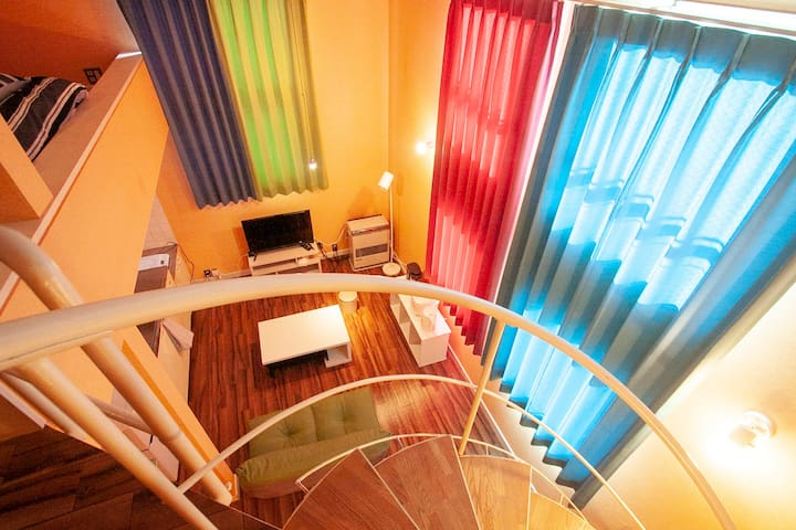 Loft style & Spiral staircase in Bright room A5