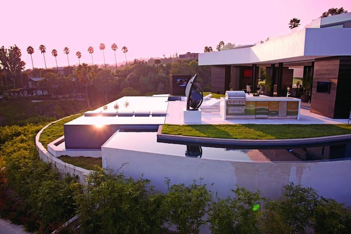 IronMan Mansion on Top of Beverly Hills