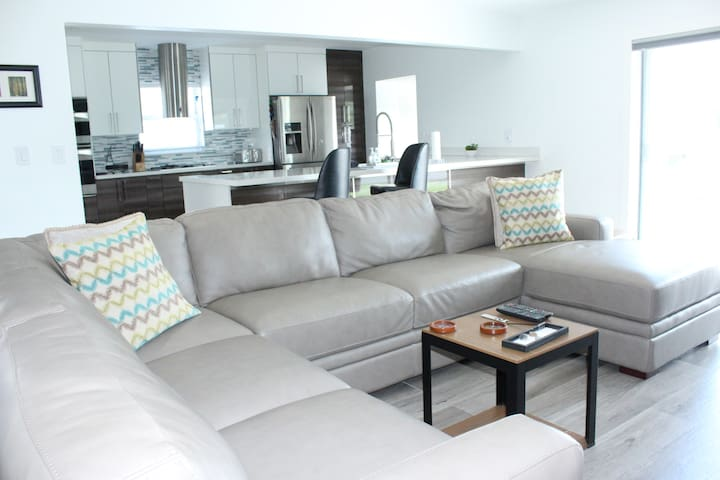 Luxury in Dania Beach close to Hollywood airport