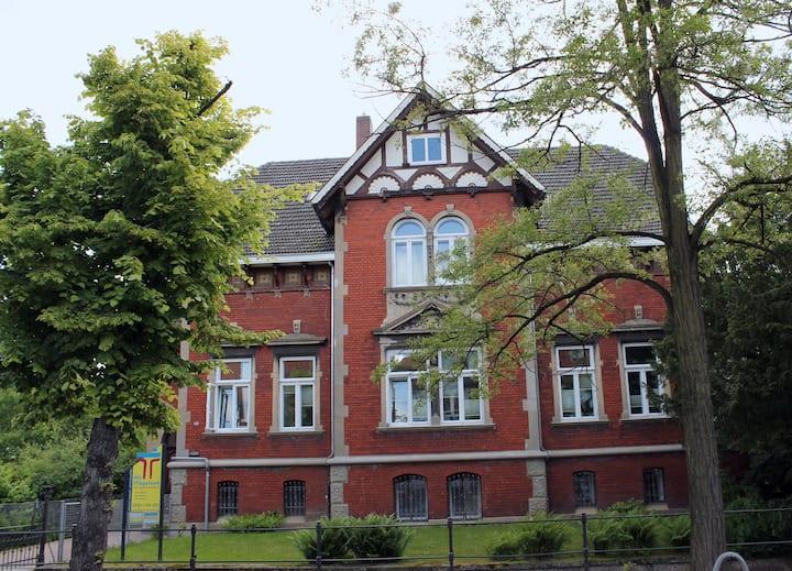 Uelzen zentral Nr. 1, Nähe Bahnhof