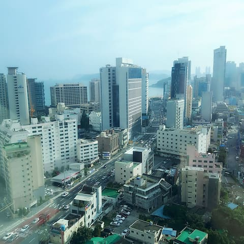 10min, close to the Haeundae beach (All Brand New)