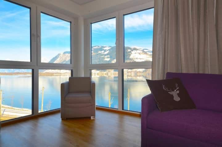 Alpin & See Resort, Apartment 12 - a perfect holiday location, with amazing lake views