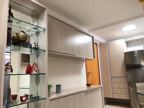 Excelente flat em Boa Viagem, com garagem e WiFi.