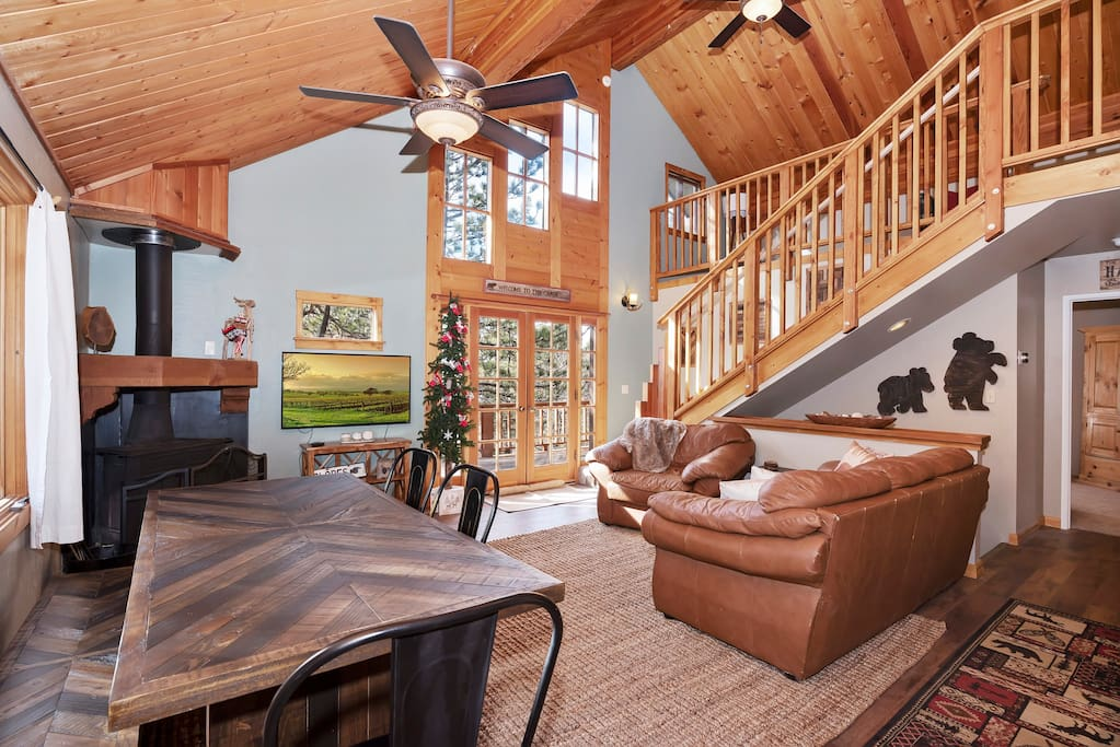 Welcoming Living Room with Fireplace