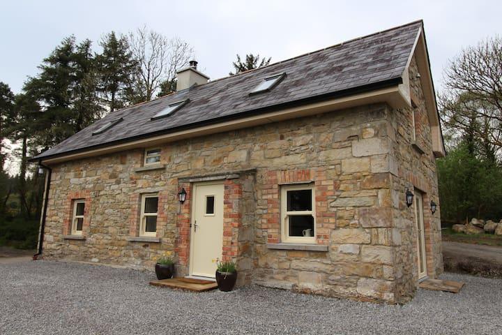 Uncle Michael's Cottage - Blacklion