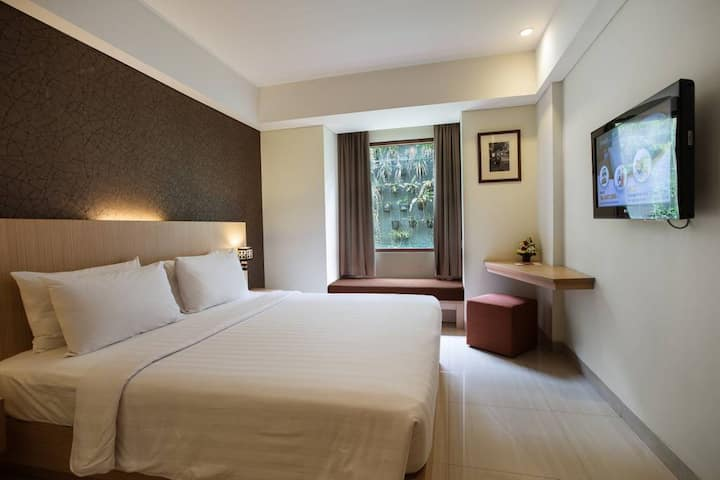 Superior Room with Breakfast in Seminyak