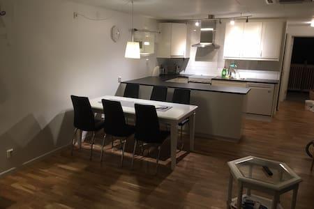 Lägenhet B för korttidshyra - Borlänge - Byt