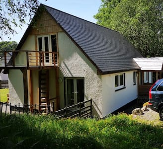 Luxury 3 bedroom Cottage, low occupancy discount