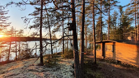 Pine Rock log cabin/Cottage with a view
