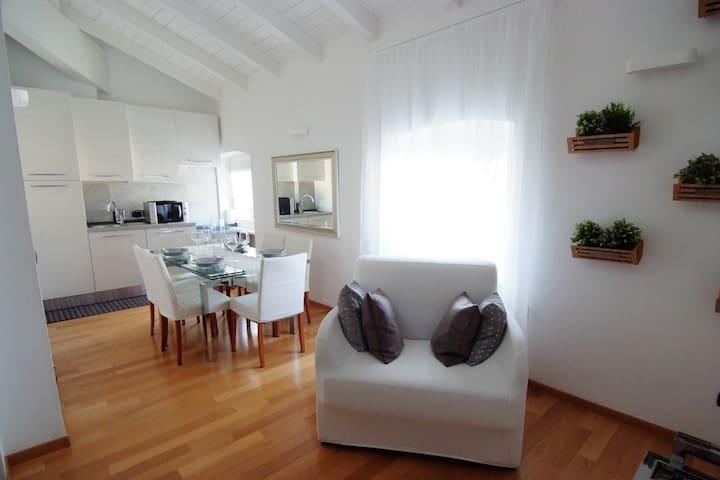 White Residence Apartment Riva del Garda