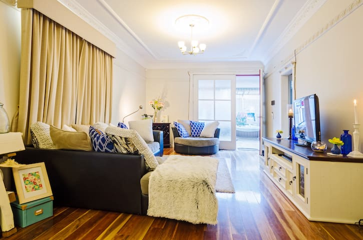 2 Bedrooms in Beach House - Maroubra - Casa