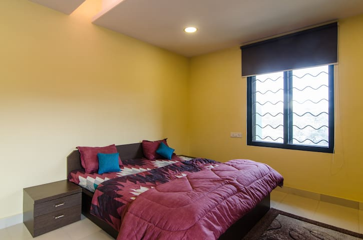Private bedroom in Chembur/ Govandi office complex