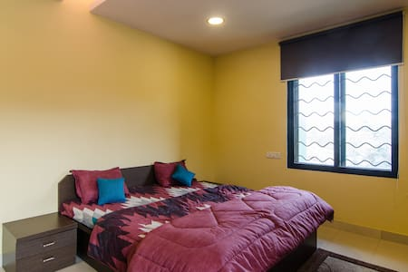 Private bedroom in Chembur/ Govandi office complex