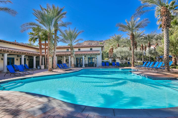 Deluxe King Casita near Clubhouse - (C68)
