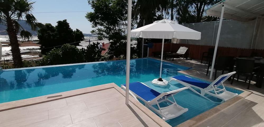 Kalkan - Patara arasında özel havuzlu villa