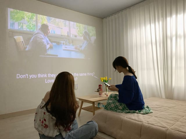Cozy& Cinema MM-house (2F)