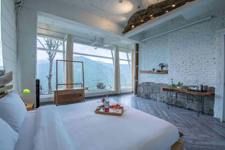 Shishir Room in Ramgarh, Uttarakhand