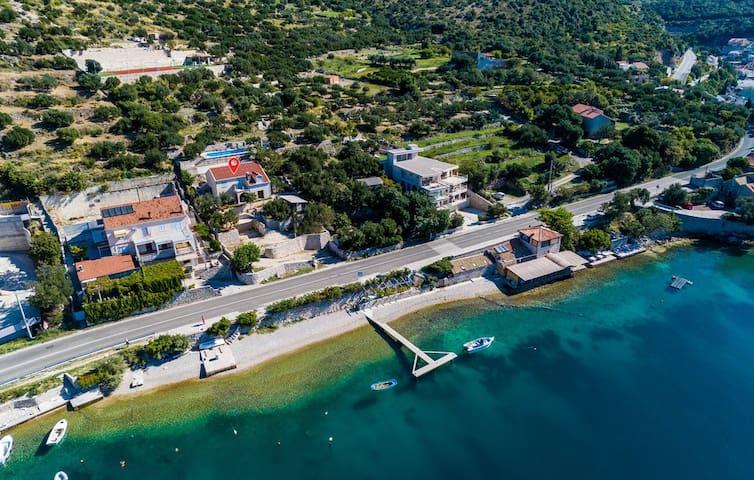 Villa Matej with pool and sea view