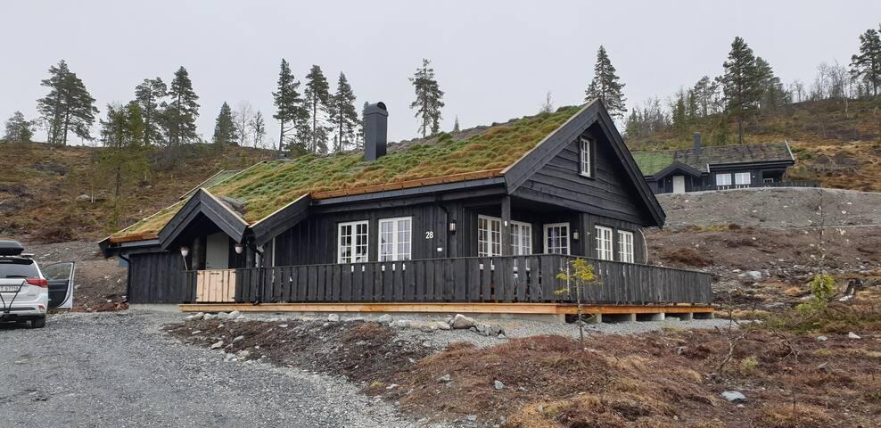 """Nesbyen -""""Trollstua"""" - hyggelig og romslige hytte!"""