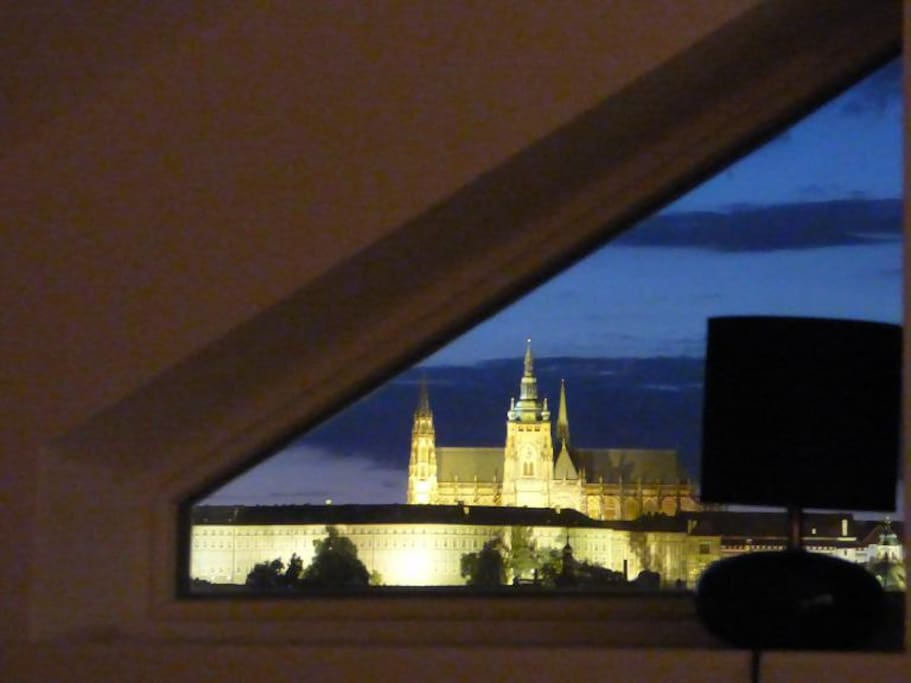 View on Prag Castle from the bedroom