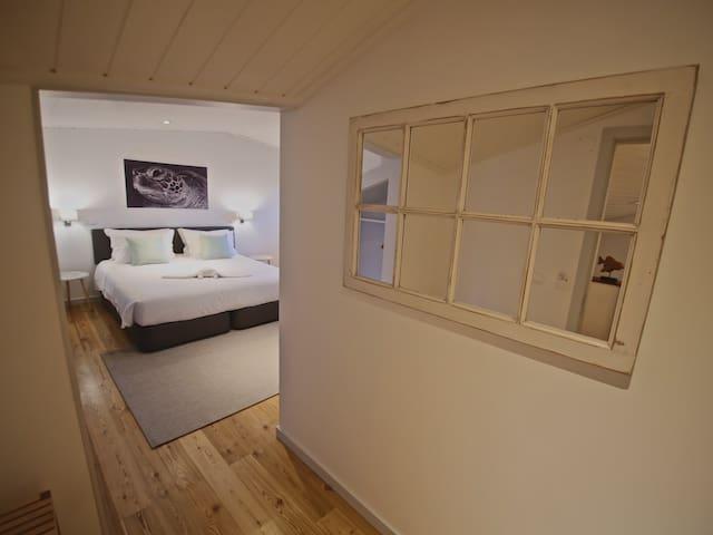 Manta Ray Lodge . Ocean View #4