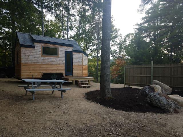 Tiny house Close: Brewer, Bangor, Ellsworth Maine