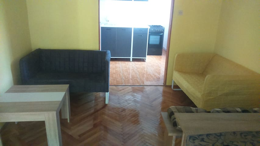 3-bedroom ap. with garden terrace - Porozina - Wohnung