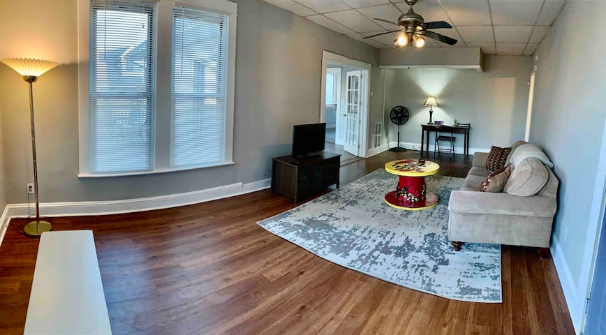 Charming Suite Close to BWI & Downtown Baltimore
